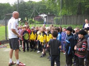 2011: Tennis-Schnuppern mit Grundschule Karlstein