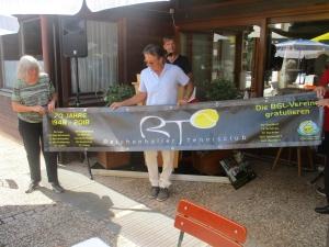 2018 - Jubiläumsfeier: KIT schenkt Banner